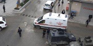 PKK'lı teröristlerden füze saldırısı: 3 işçi yaralandı