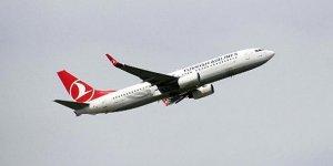 Yıldırım isabet eden uçak Bursa üzerinde tur attı