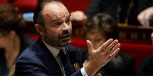 Fransa resmen açıkladı: 6 ay askıya alındı