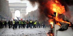 Avrupa'da sarı yelekliler endişesi