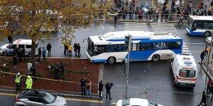 Belediye otobüsü yayalara çarptı: Yaralılar var