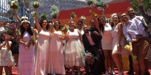 Eşcinseller için toplu evlilik töreni