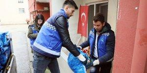 Mudanya'da Zeytin Dalı ekibinden kömür desteği