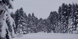 Uludağ'da kar kalınlığı 122 santimetreye yükseldi