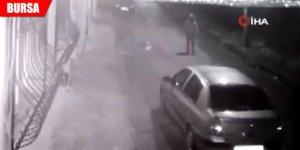 Mahalleyi sokağa döktü, polisi peşine taktı