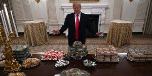 Trump 'personel yok' dedi herkese hamburger sipariş etti