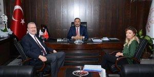 Başkan Özkan'dan Aygül'e 'hayırlı olsun' ziyareti