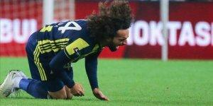Fenerbahçe'de ilk ilk ayrılık!