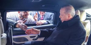 Cumhurbaşkanı Erdoğan minibüsçülerle sohbet etti
