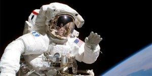 NASA 'komik astronot' arıyor
