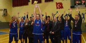 Şampiyon Mustafakemalpaşa Belediye Spor