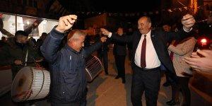 Çağrışan'da Türkyılmaz'a davullu zurnalı karşılama