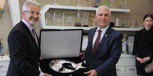 Mustafa Bozbey görevi Turgay Erdem'e devretti