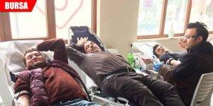 Kan vermekiçin yarıştılar