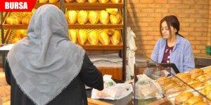 11 yıldır 'askıda ekmek' uygulamasını sürdürüyor
