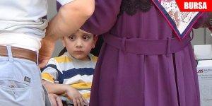 6 yaşındaki çocuğu yangından komşuları kurtardı
