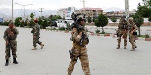 DEAŞ Afganistan'daaskeri okula saldırdı