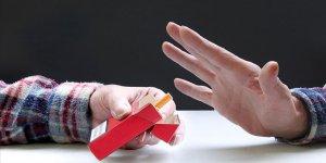 'Sigara içen ebeveynler çocuklarını tütün tüketicisi haline getiriyor'