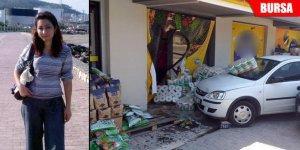 Markete giren otomobilin ezdiği kadın kurtarılamadı