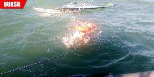 Sörf tutkunu ölümden döndü