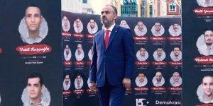 Aktaş'tan duygulandıran 15 Temmuz şiiri