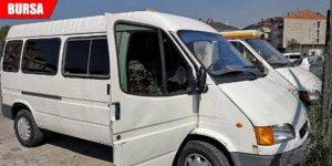 Minibüs hırsızı suçüstü yakalandı