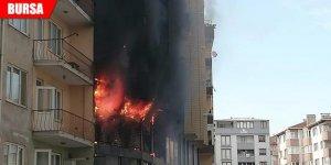AVM'de çıkan yangında zarar gören dairelerin zararları karşılanacak
