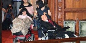 Ağır engelli' vekiller parlamentoda