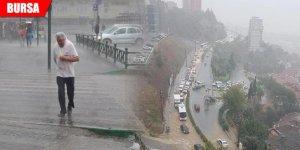 Yağmur hayatı felç etti, hortum panik yaşattı