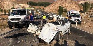 5 kişilik aileyi kaza ayırdı