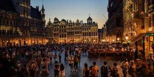 Avrupalılar seyahatte ülkesini tercih ediyor