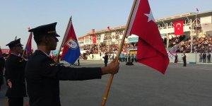 Bursa'daki tarihi lisede mezuniyet gururu