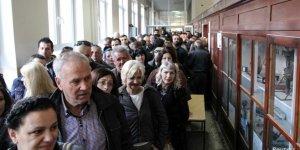 Kosova'da seçmensayısı skandalı