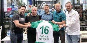 Kayhan Köftecisi'nden Vakıfköy'e destek
