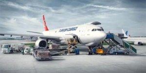 Havada yükü İstanbul sırtlıyor