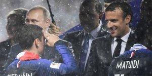 Griezmann'dan Macron'a asker selamı
