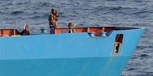 Korsanlar dokuz denizciyi kaçırdı