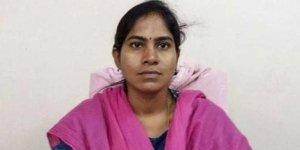 Kadın memur, ofisindeyakılarak öldürüldü