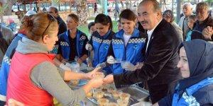 Mudanya'da 5 bin  kişiye aşure ikramı