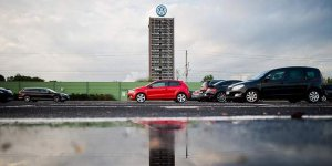 Volkswagen'e kendi ülkesinde ilk dava açıldı