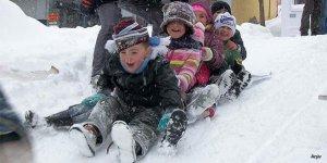 İznik'te taşımalı eğitim yapan bazı okullarda eğitime kar izni