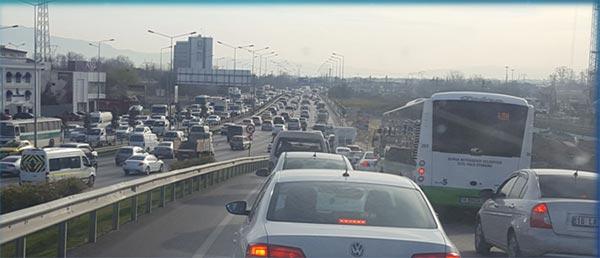 1.-yazi-icin-acemler-trafigi.png