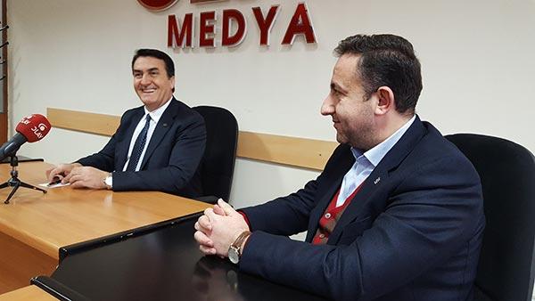 1.-yazi-icin-osmangazi-belediye-baskani-mustafa-dundar-ve-ak-parti-osmangazi-ilce-baskani-ufuk-comez.jpg