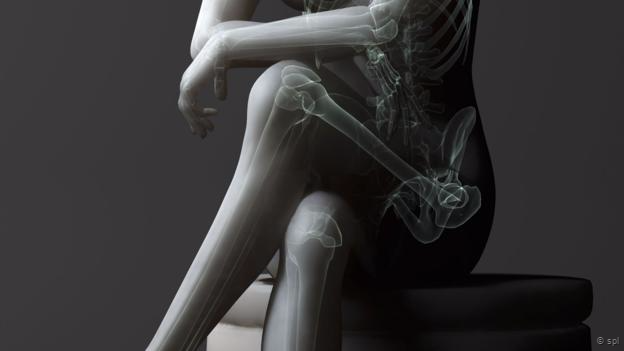 151014113729_crossed_leg_skeleton.png