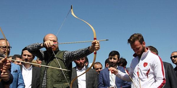 5.-yazi-icin-dunya-etno-sporlari-konfederasyonu-baskani-bilal-erdogan-001.jpg