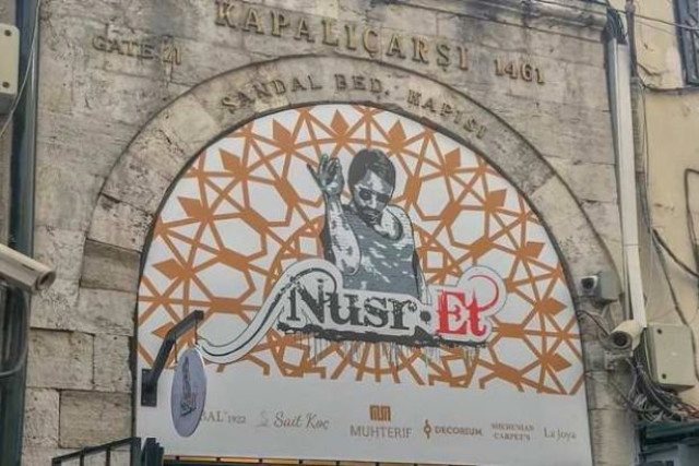 nusr-et-in-istinye-park-taki-restorani-muhurlendi-11108506_3247_m.jpg