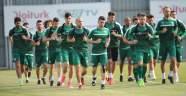 Bursaspor'un yeni teknik direktörü ilk antrenmanına çıktı