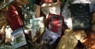 Doğa yürüyüşüne çıktılar, çöplerin içinde FETÖ'nün kitaplarını buldular