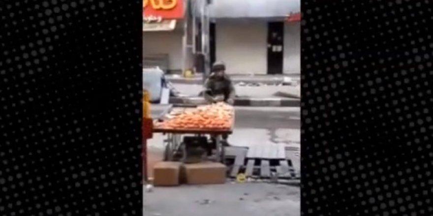 Tezgahtan elma çalan komutan görevden uzaklaştırıldı