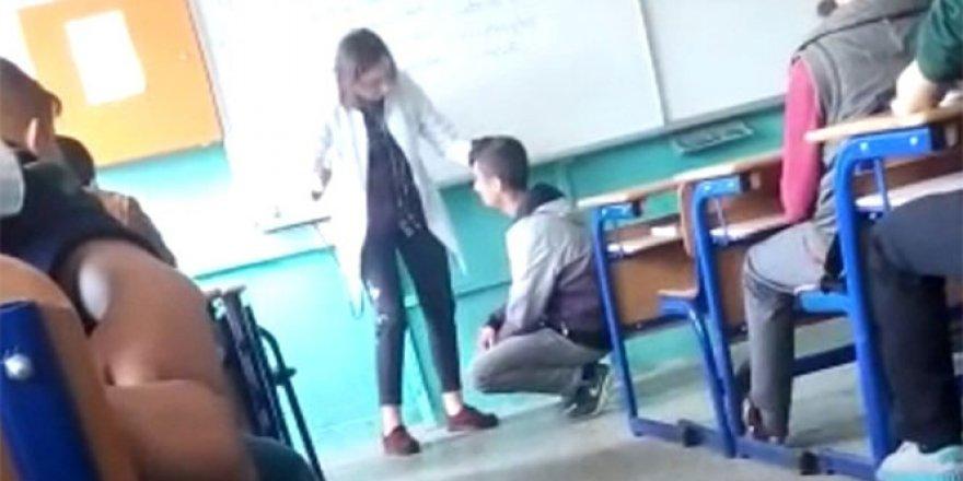 Kadın öğretmenden öğrenciye sınıfta şiddet